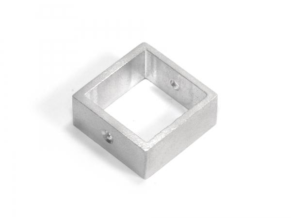 Anhänger aus Aluminium QUADRAT, gebürstet, auswechselbar, mit Loch, verschiedene Größen - 1 Stück